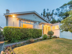 Property for sale 20 Newcombe Crescent