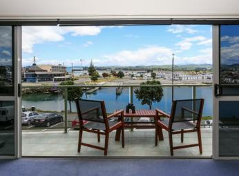 Unit 9, 26 West Quay