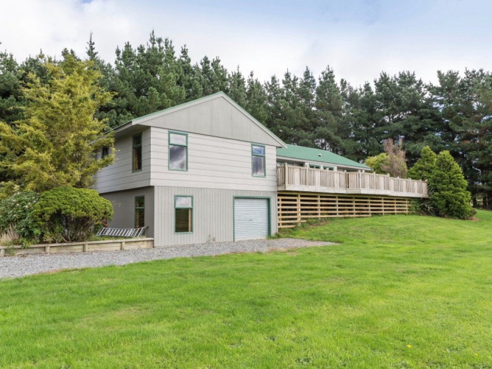 308 Top Grass Road, Dannevirke