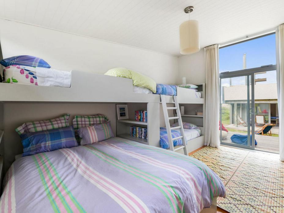 77 Blue Pacific Parade, Riversdale Beach