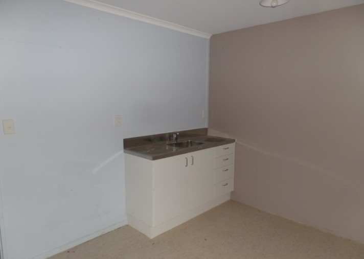 Unit E, 97 Keith Street, Roslyn