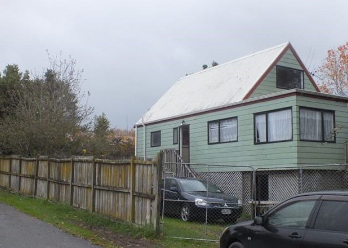 a and b, 101 Marne Road, Papakura