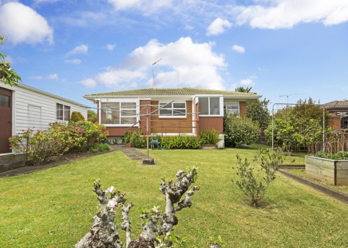53 Tupaki Place, Pakuranga Heights