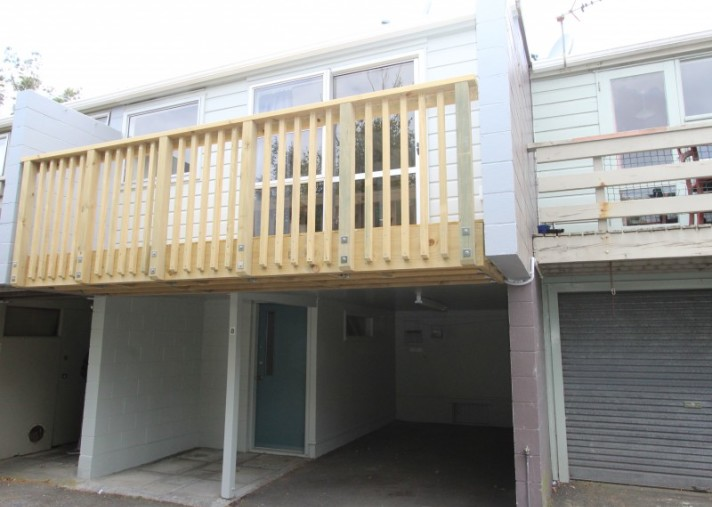 8/23 Collins Avenue, Tawa