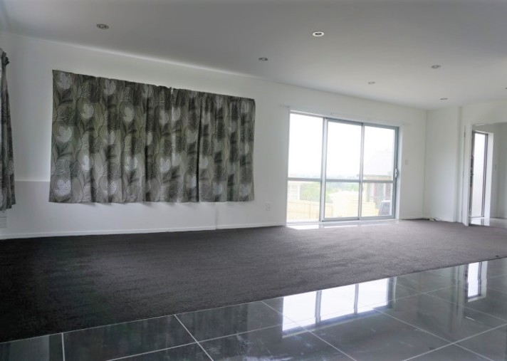 Unit 4, 44 Mountain Road, Mangere Bridge