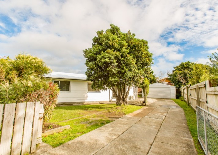 416 Mazengarb Road, Paraparaumu Beach