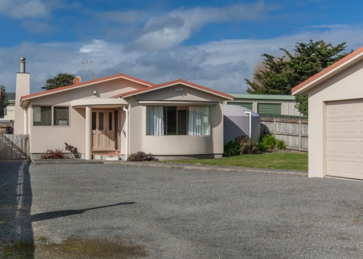 112 Rua Avenue, Waitarere Beach