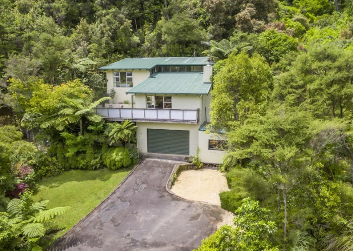 61 Elmslie Road, Pinehaven