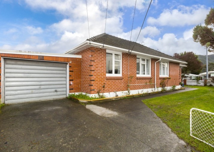 53 Totara Park Road, Clouston Park