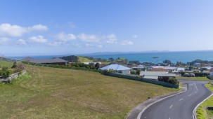 6 Midgard Road, Coopers Beach