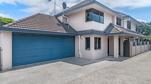 Unit 1, 6 Eastern Beach Road, Bucklands Beach