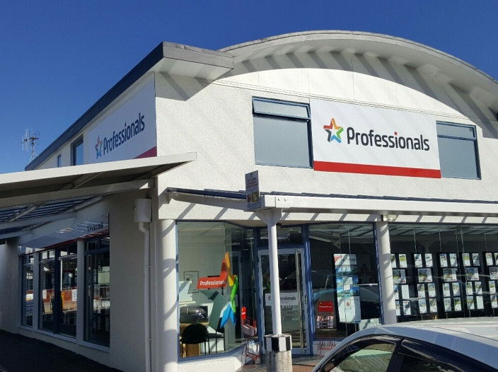 DoubleWinkel Real Estate Ltd - Kapiti