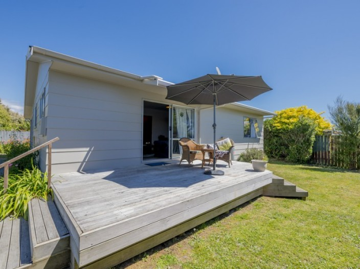 67b-atkinson-avenue-otaki-beach