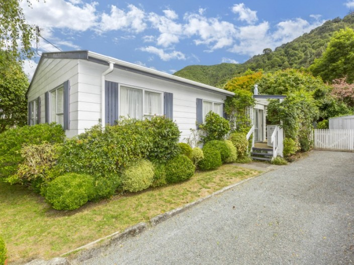 35-hartford-crescent-totara-park