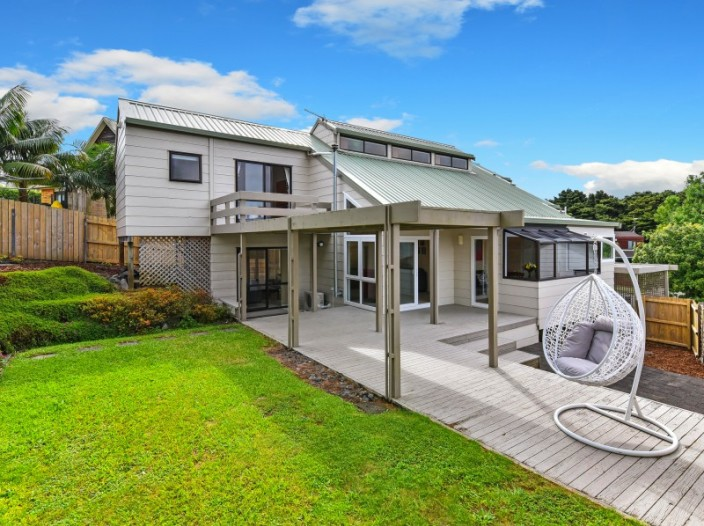 38-eugenia-rise-totara-heights