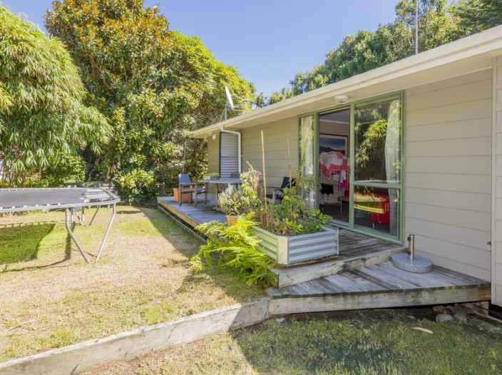 31-renown-road-raumati-south