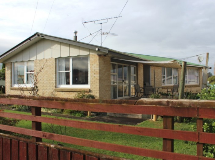 10-thomas-place-waihi