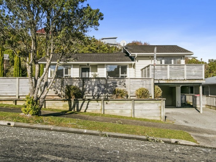 11-christchurch-crescent-kelson