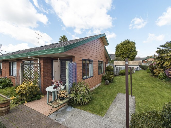 unit-33-151-kitchener-road-pukekohe