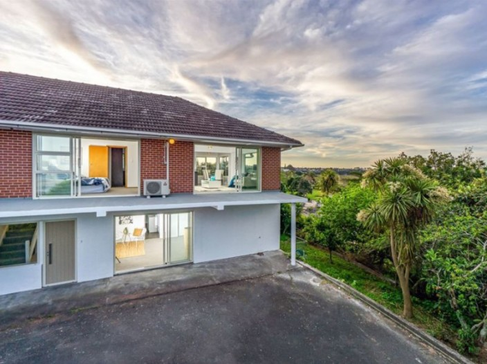 unit-2-46-gill-avenue-te-atatu-peninsula