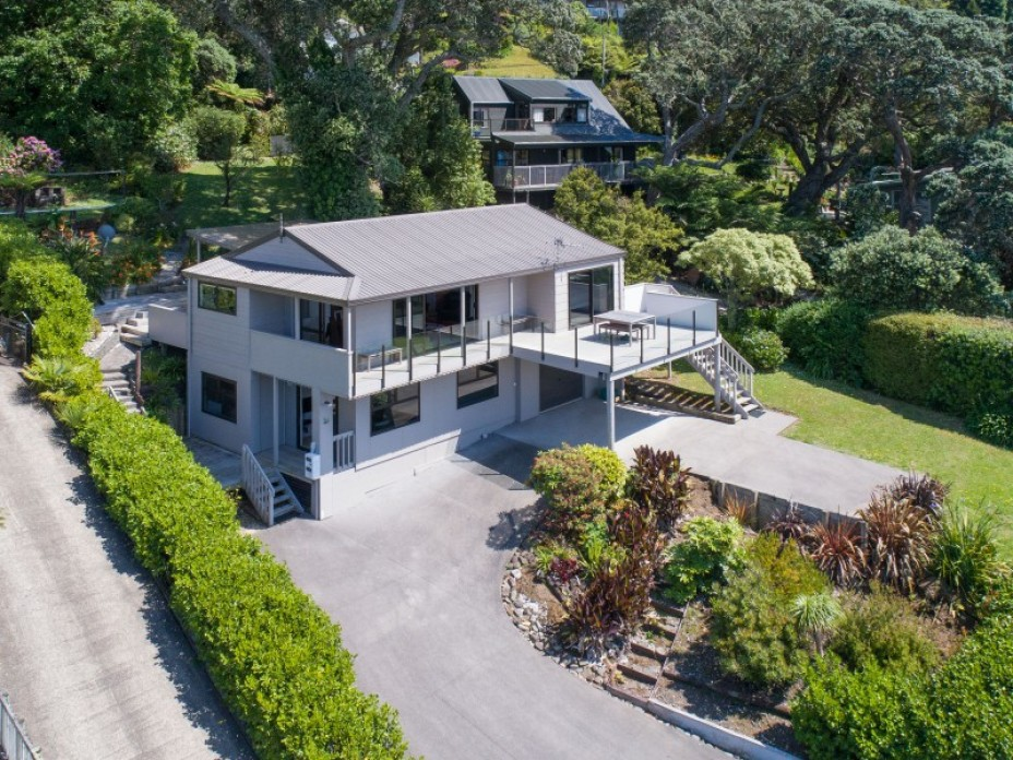 119 Main Road, Tairua