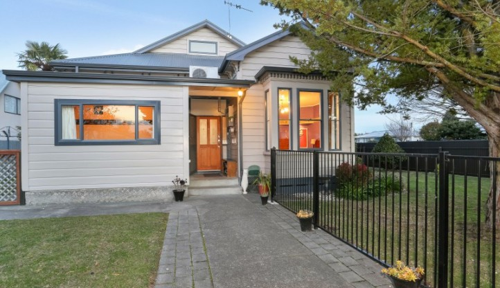310 Riverslea Road, Akina