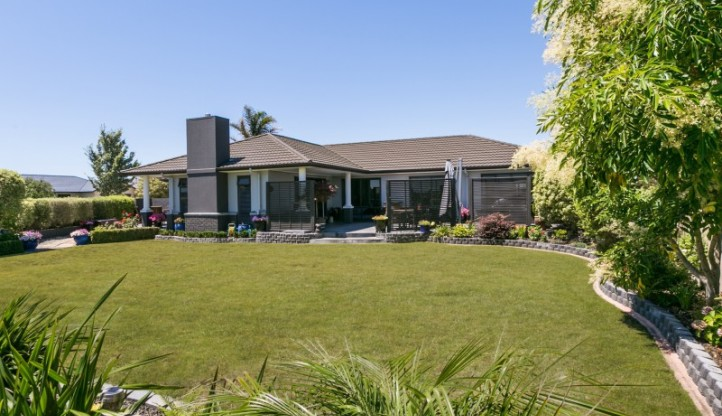 2 Russell Robertson Drive, Havelock North