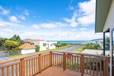 3-toru-road-paraparaumu-beach