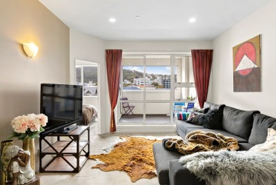 unit-304-107-thorndon-quay-pipitea