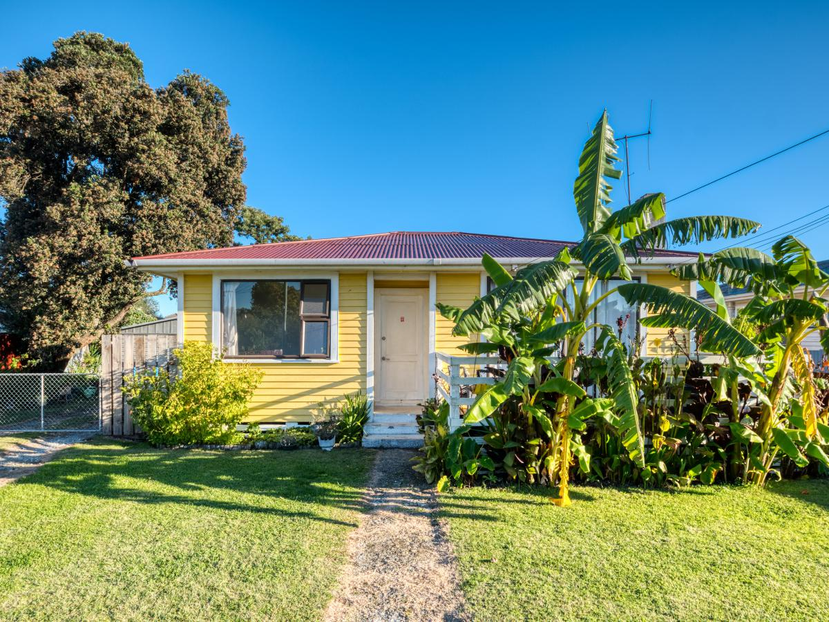 16 Tolerton Avenue, Elgin