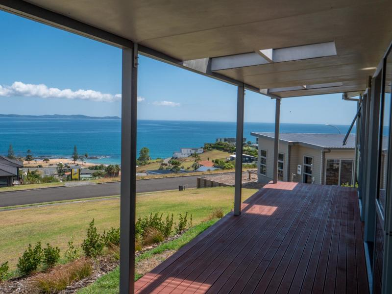 3 Sunrise Place, Cable Bay