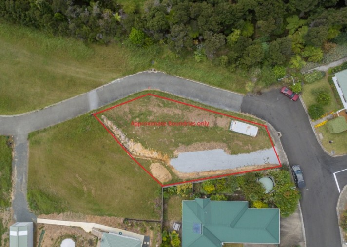 1 Meenas Place, Coopers Beach
