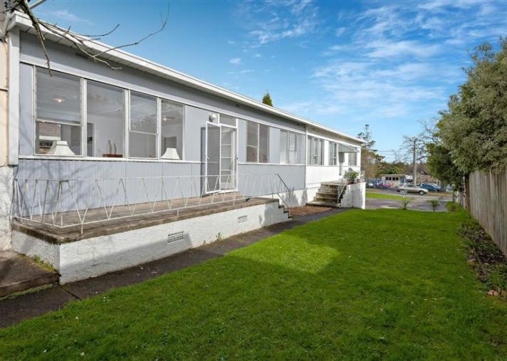 Unit 2, 4 Hutchinson Avenue, New Lynn