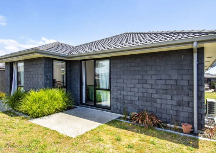 15 Hebe Crescent, Papamoa Beach