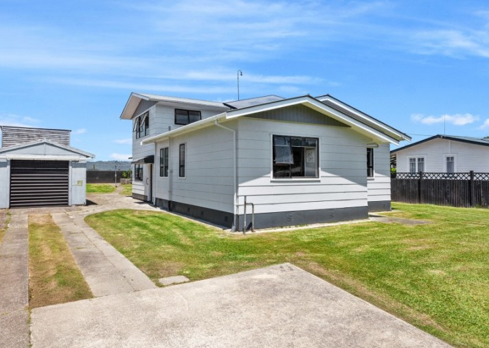 97 College Road, Edgecumbe