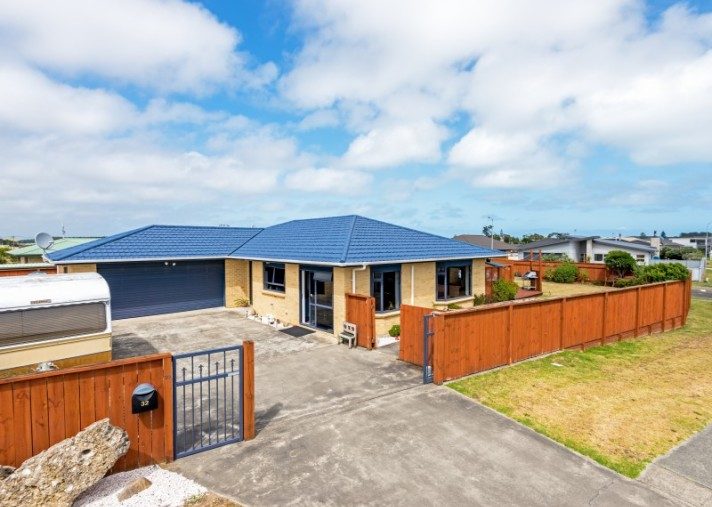 32 Andrews Street, Foxton Beach