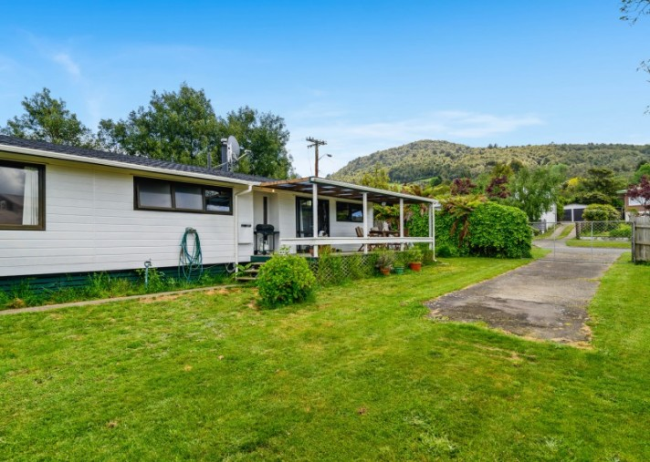 35B Roosevelt Road, Western Heights