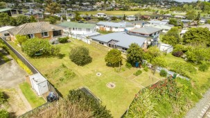 375A Ngatai Road, Bellevue