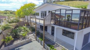 20 Stratford Drive, Cable Bay