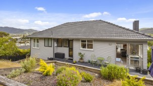 25 Thomas Street, Stokes Valley