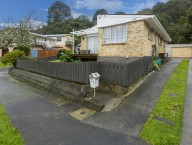 11A Lowry Crescent