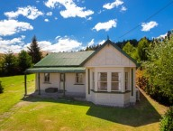 10 Athol Five Rivers Highway
