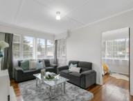 13 Churton Crescent