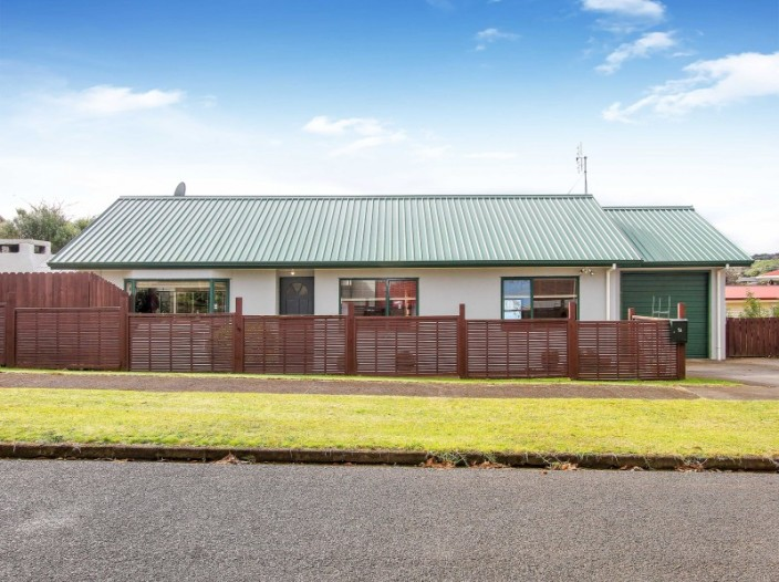1a-richardson-avenue-pukekohe