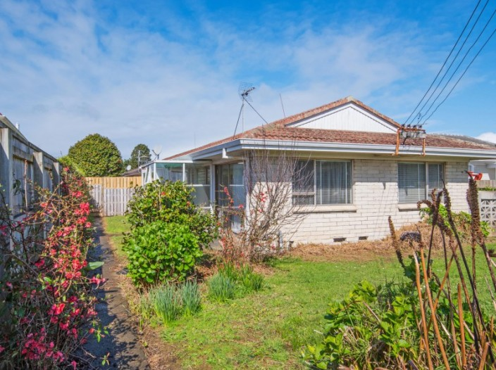 8/42-wintere-road-papatoetoe