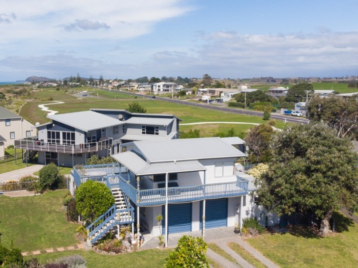 6-glen-isla-place-waihi-beach
