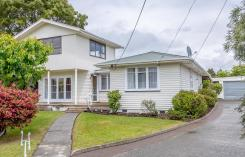 27 Wavell Crescent