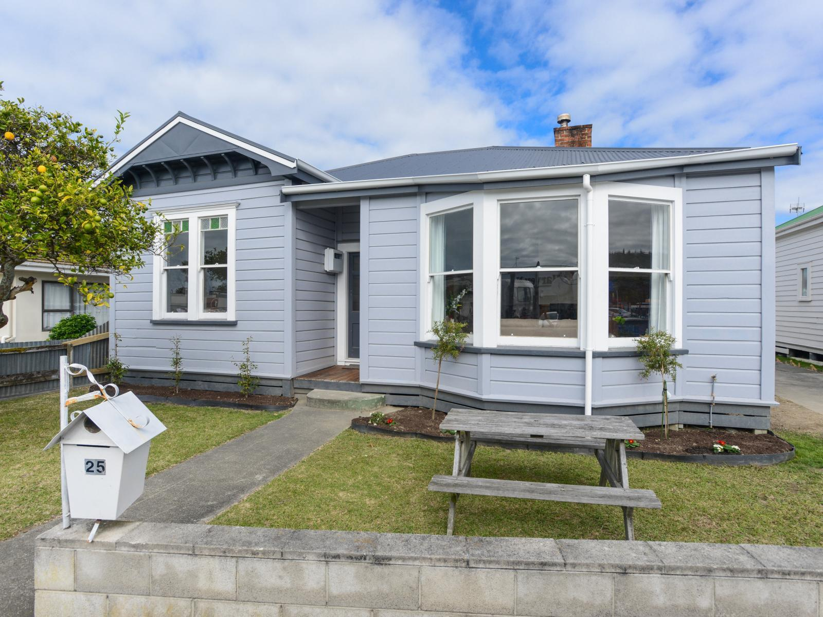 25 Wellesley Road, Napier South
