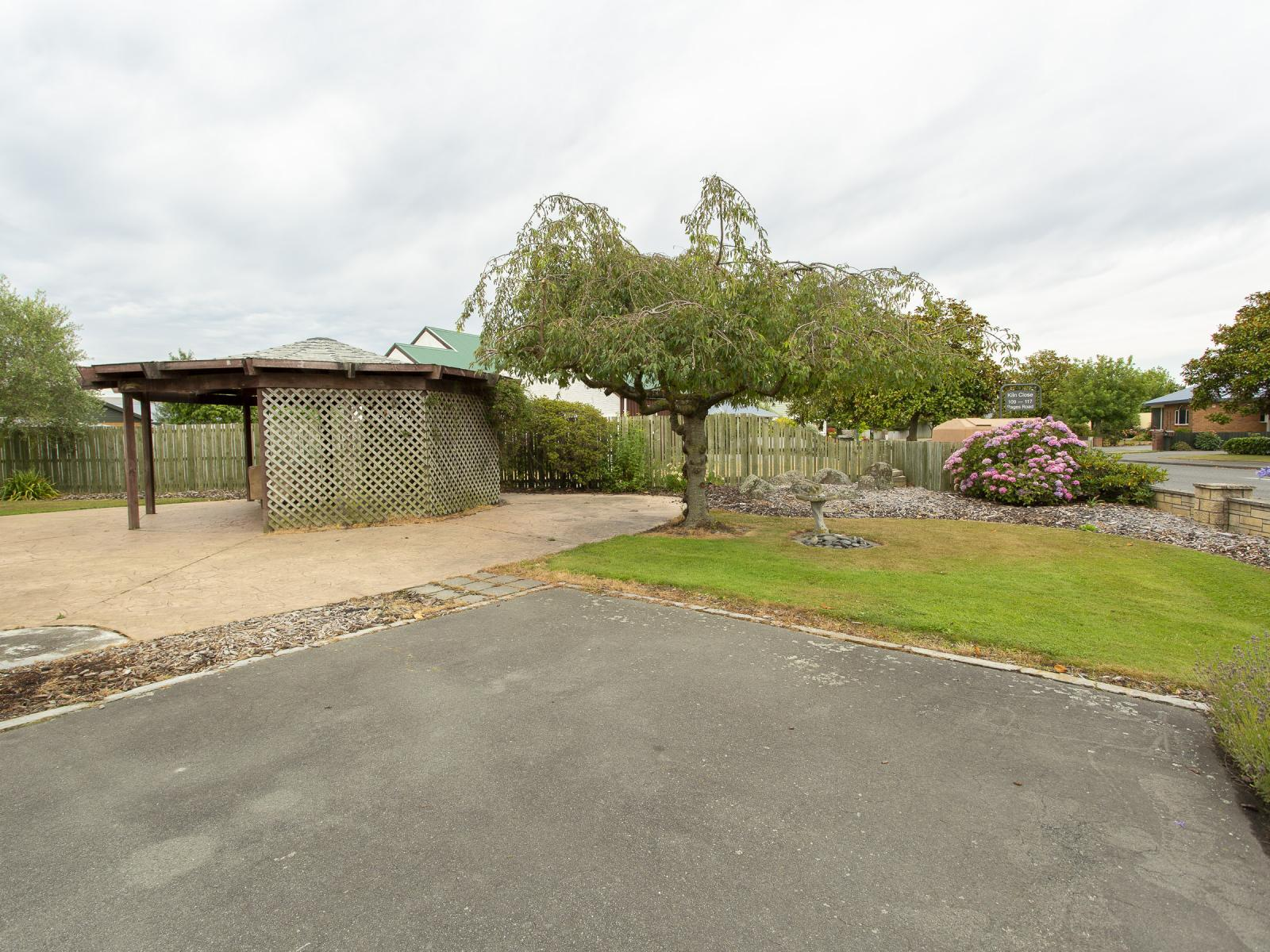 121 Pages Road, Allenton