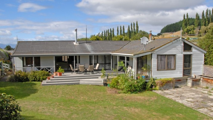 6 Jones Road, Taihape